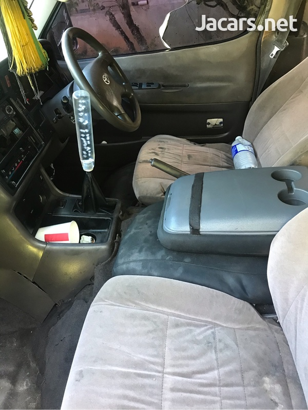 2001 Toyota Hiace Grand Cabin-3