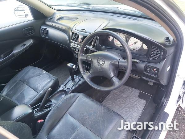 Nissan Sunny 1,6L 2004-3