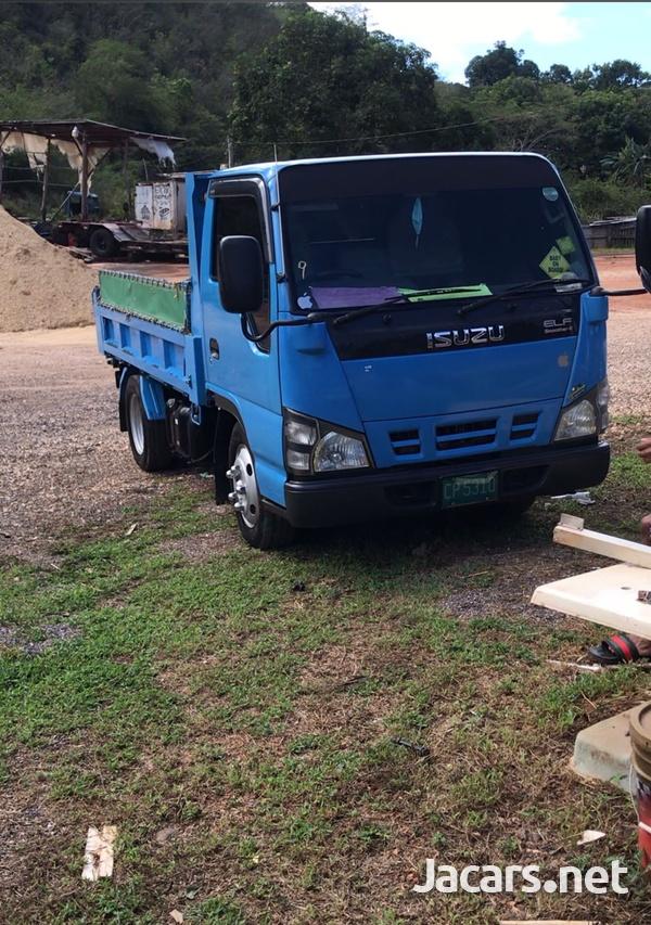 Isuzu Dump Truck-1