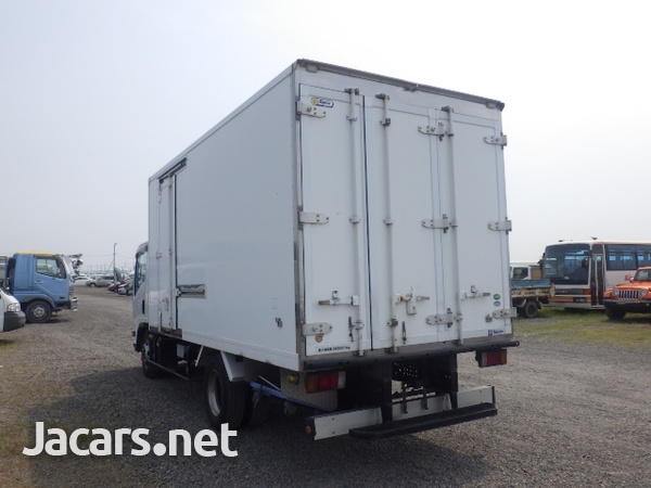 Isuzu Elf Freezer Truck 2013-5