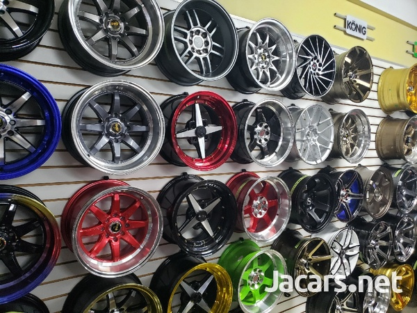 Rims, Diffuser, lugs, steering cover, back up camera, touchscreen radio, etc-15