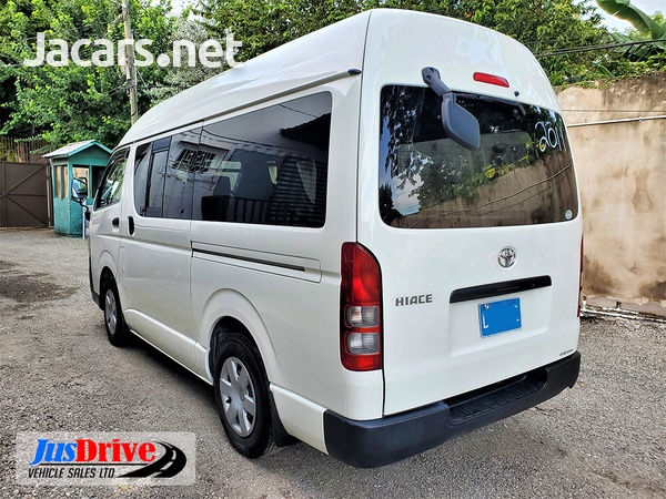 Toyota Hiace Bus 2,9L 2011-4