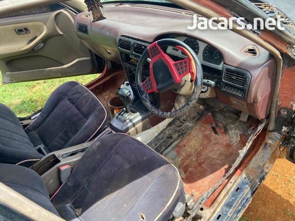 Nissan B14 3,7L 1994-5