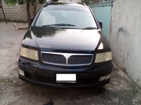 Mitsubishi Space Wagon 2,0L 2002