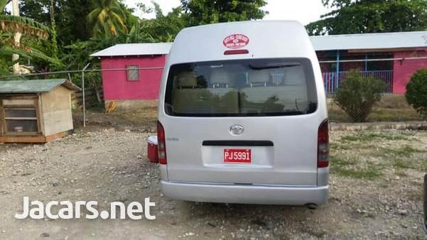 2011 Toyota Hiace Commuter Bus-7
