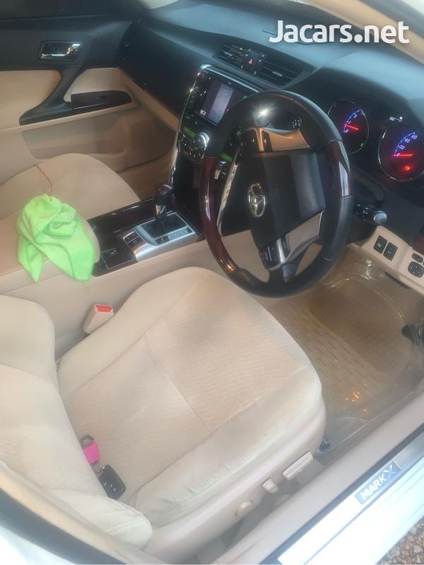 Toyota Mark X 3,5L 2012-7