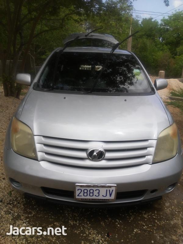 Toyota Ist 1,2L 2006-1