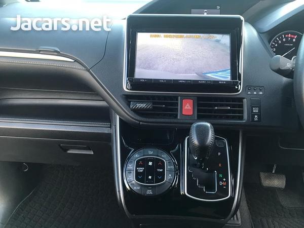 Toyota Esquire 2,0L 2015-3