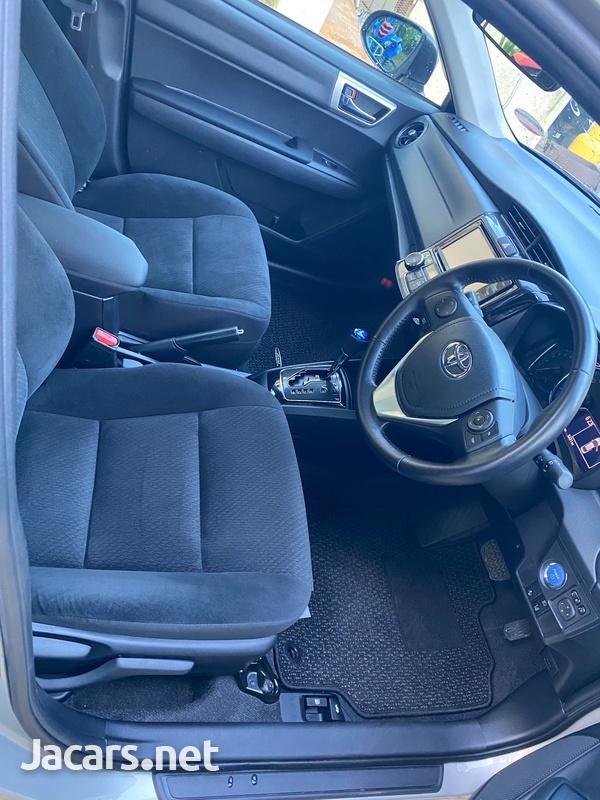 Toyota Axio 1,8L 2016-7
