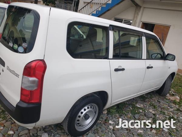 Toyota Probox 1,2L 2015-1