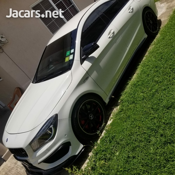 Mercedes-Benz CLA-Class 2,5L 2014-3