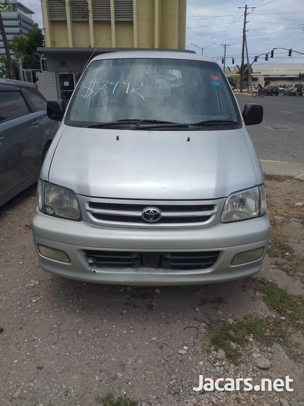 Toyota Noah 2,0L 2001-1