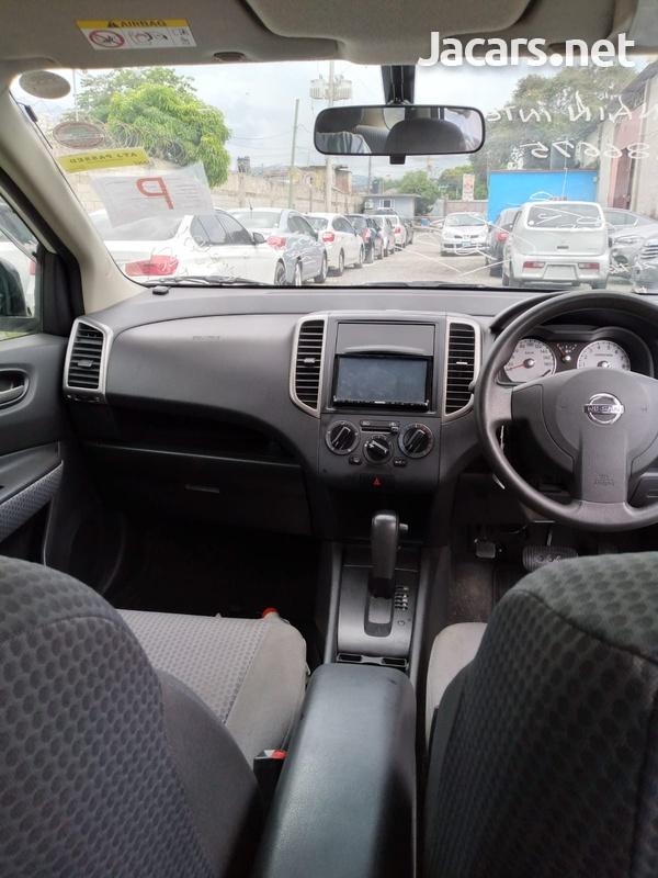 Nissan Wingroad 1,5L 2016-9
