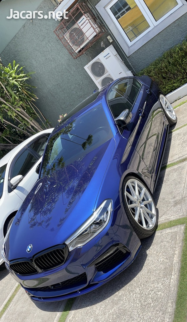 BMW 5-Series 3,0L 2019-3