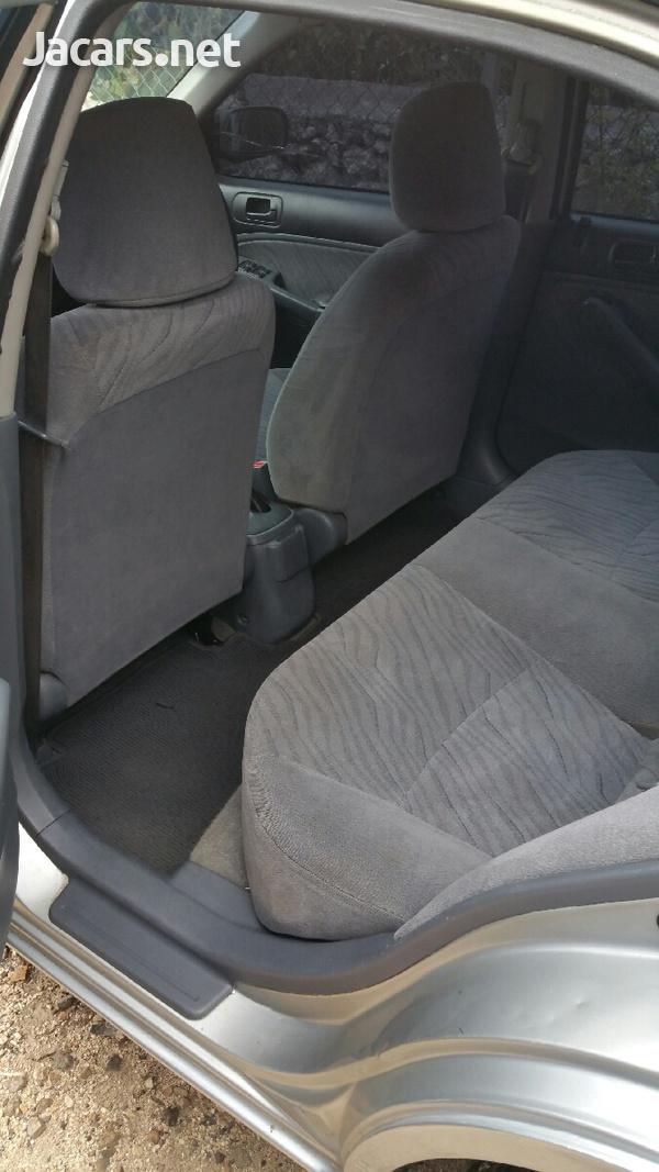 Honda Civic 1,4L 2002-4