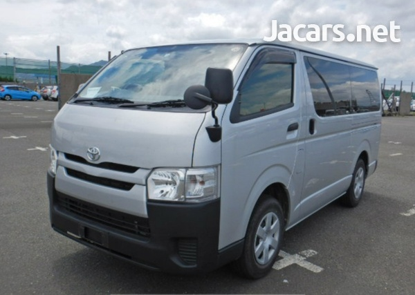 2017 Toyota Hiace-3