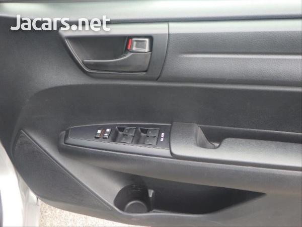 Toyota Fielder 1,5L 2015-11