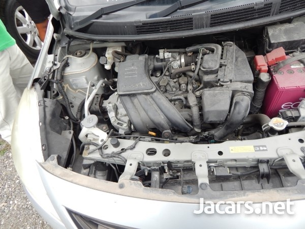 Nissan Latio 1,5L 2013-7