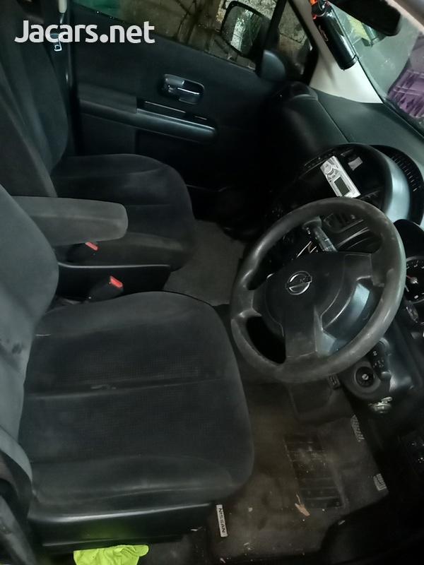 Nissan LaFesta 2,0L 2007-6