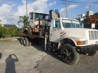 International Wrecker with Crane