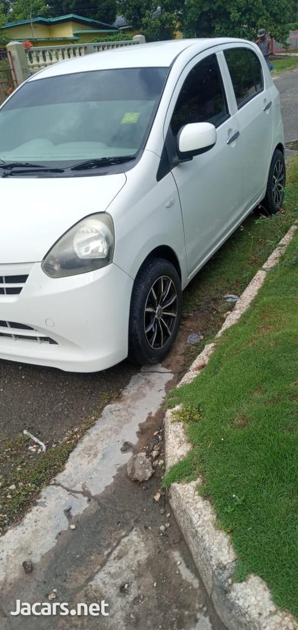 Daihatsu MIRA 1,0L 2013-1