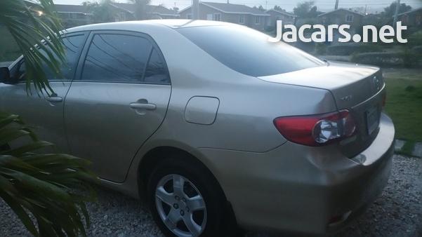 Toyota Corolla XLi 1,8L 2012-4