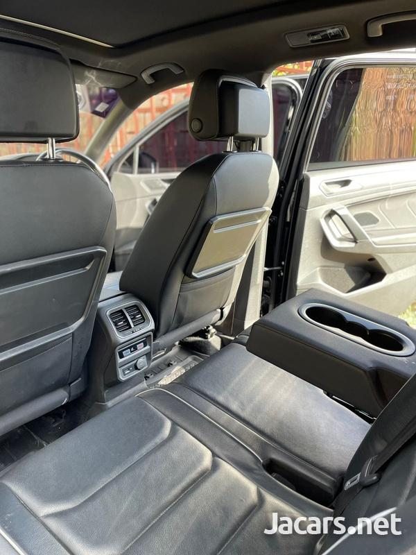 Volkswagen Tiguan 2,0L 2020-5