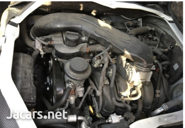 Toyota Hiace 2,0L 2015-14