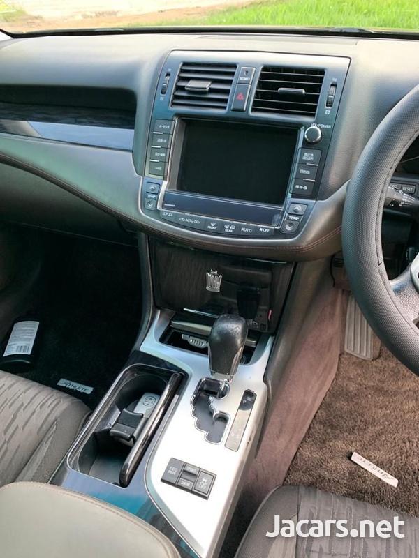 Toyota Crown 3,5L 2011-9