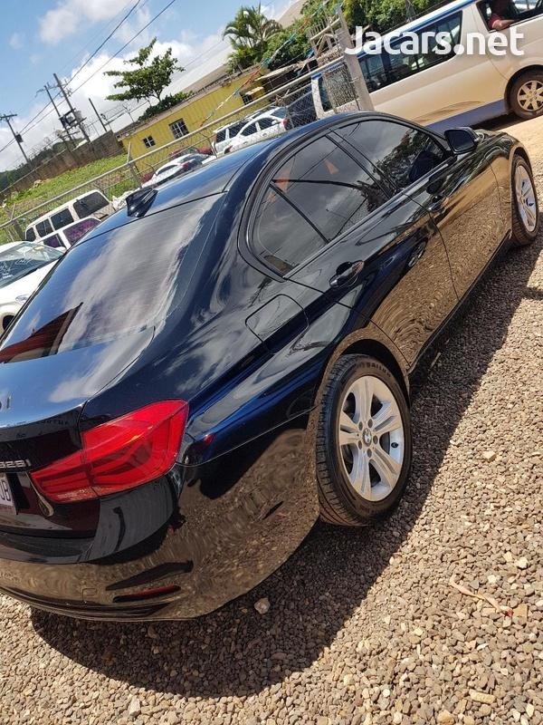 BMW 3-Series 3,0L 2016-1