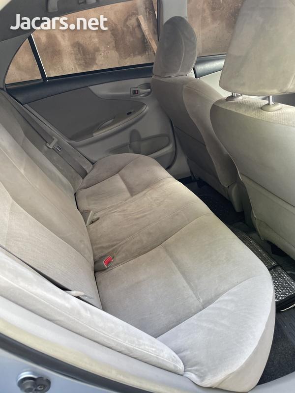 Toyota Corolla XLi 1,5L 2012-7
