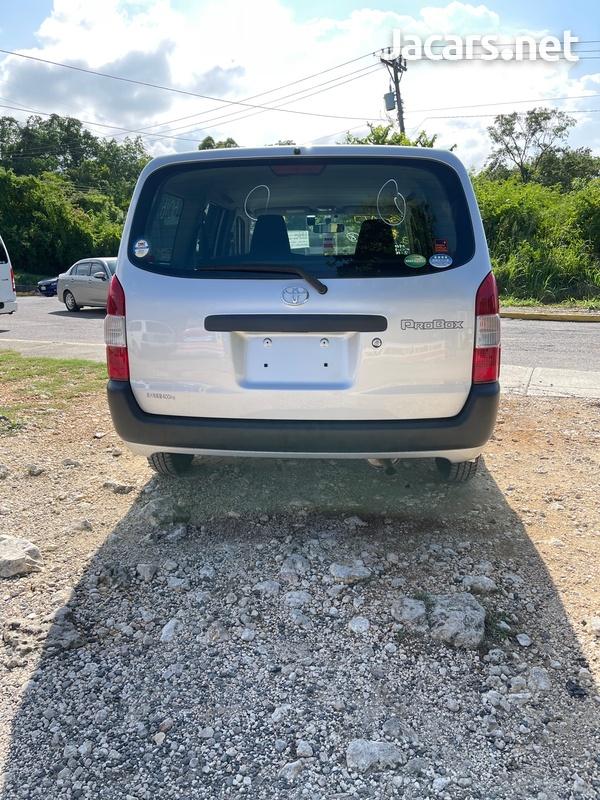 Toyota Probox 1,3L 2018-5