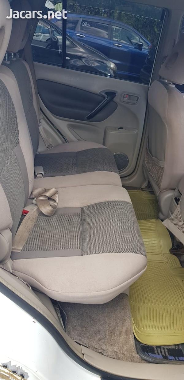 Toyota RAV4 2,0L 2000-5