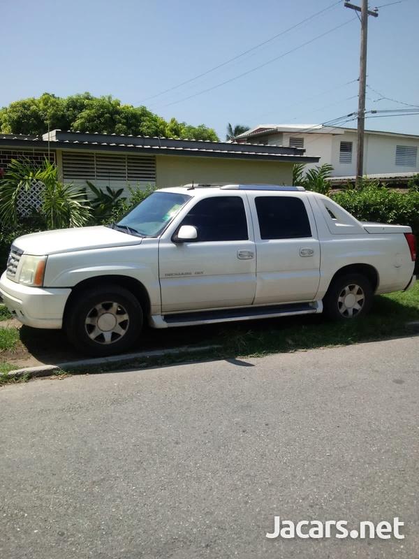 Cadillac Escalade 6,0L 2003-3