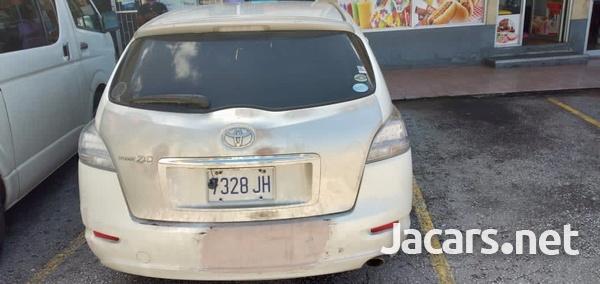 Toyota Mark X 2,4L 2010-3