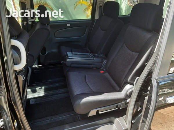 Nissan Serena 2,0L 2012-16