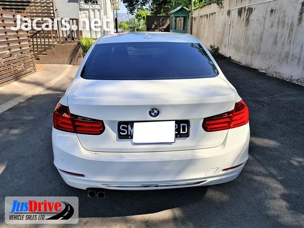 BMW 3-Series 2,0L 2012-5