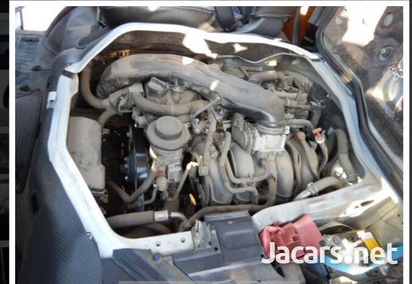 Toyota Hiace 2,0L 2014-7