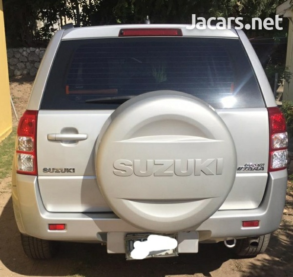 Suzuki Vitara 2,0L 2012-4