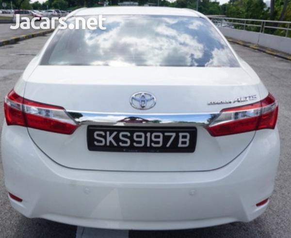 Toyota Corolla Altis 1,6L 2015-4