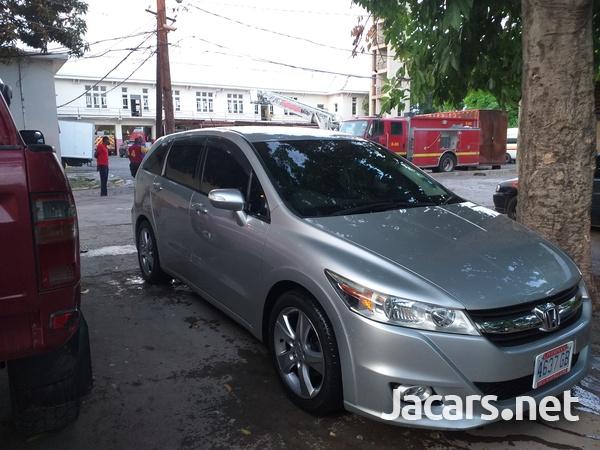 Honda Stream 2,0L 2012-1