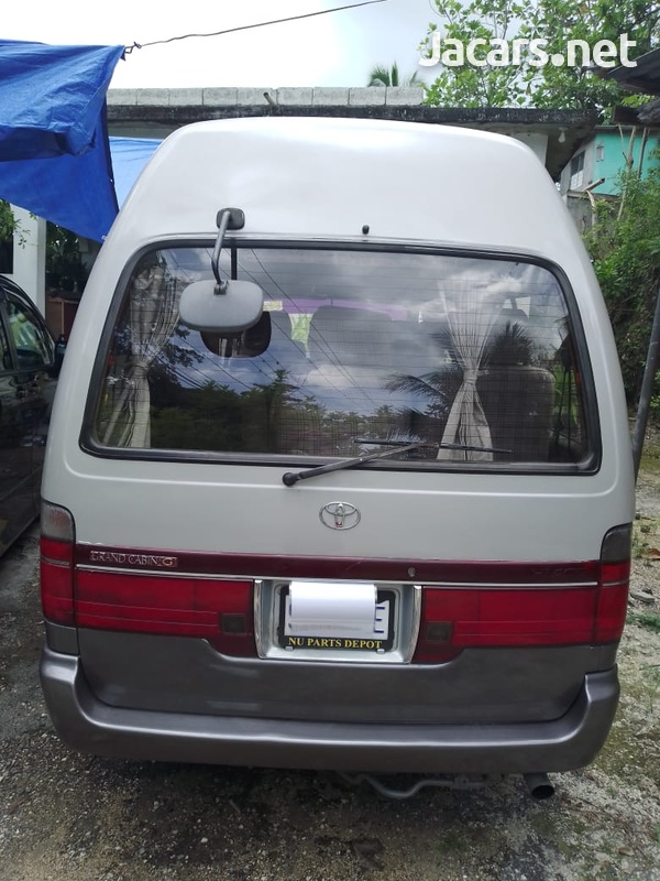 1999 Toyota Hiace Grand CabinG-4