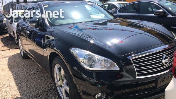 Nissan Fuga 2,5L 2012-3