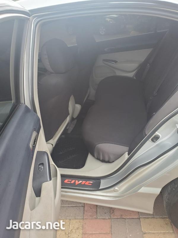 Honda Civic 1,8L 2007-6