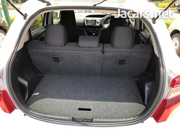 Toyota Vitz 1,3L 2016-10