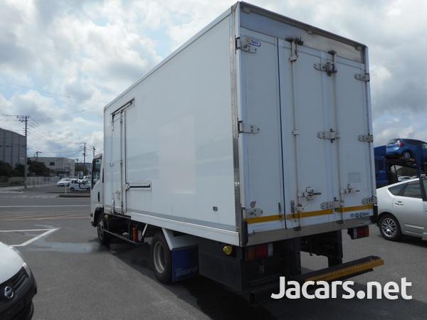 Isuzu Elf Refrigerated Truck 2014-2