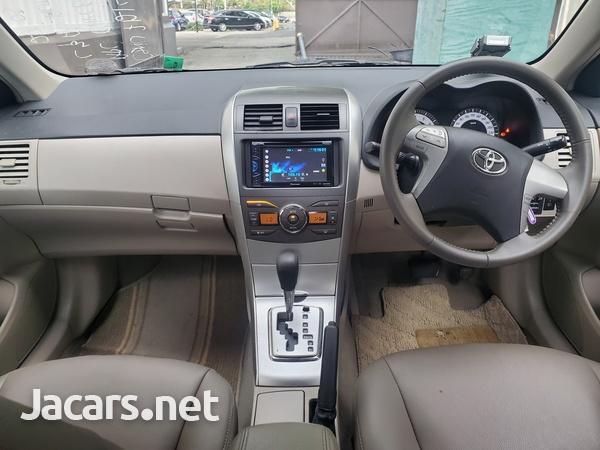Toyota Corolla Altis 1,6L 2013-12