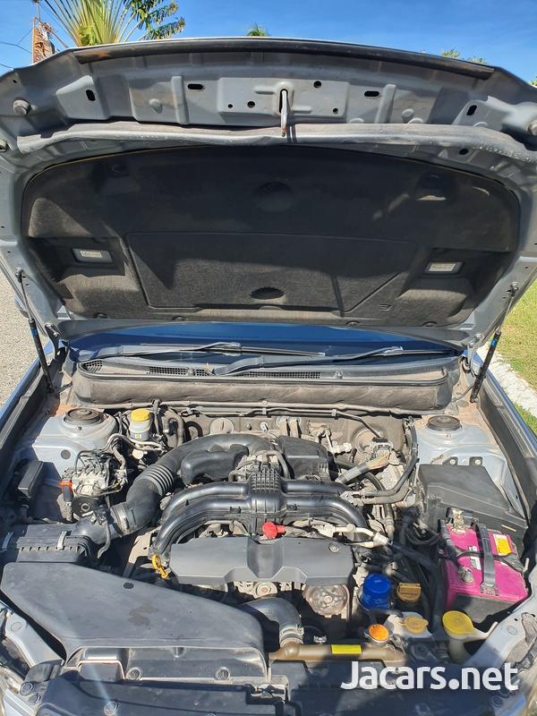 Subaru Outback 2,5L 2013-6