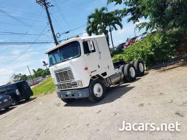 1990 International Truck-1