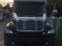 2007 freightliner immaculate condition, newly imported.